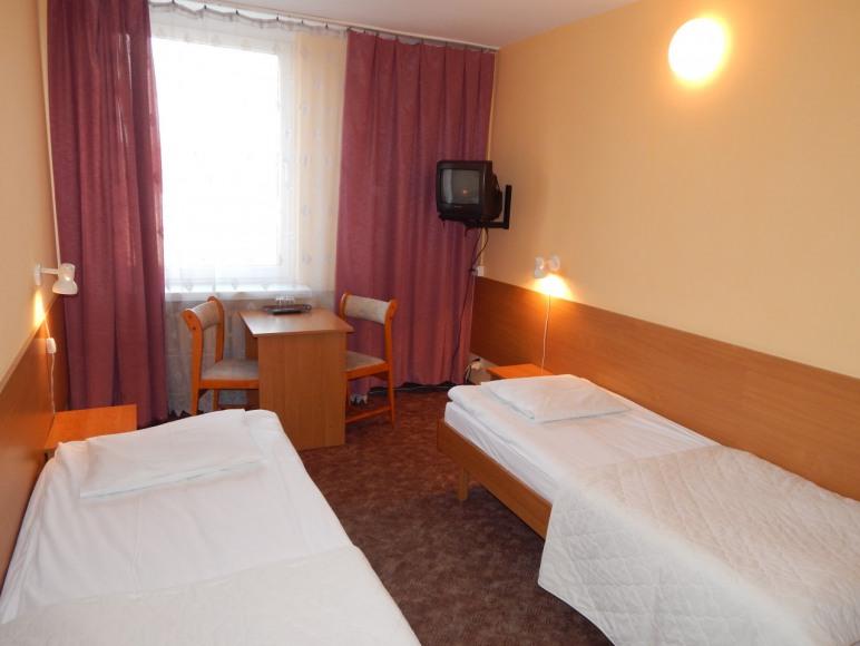 Hotel ROK*
