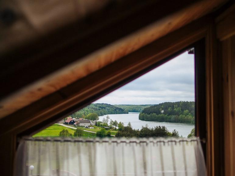 Widok z okna na górze