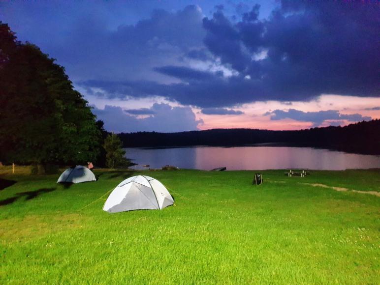 Pole namiotowe Piaseczno koło Lidzbarka