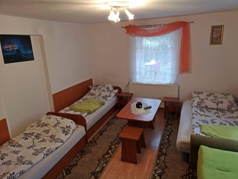 4-5 osobowy pokój na parterze