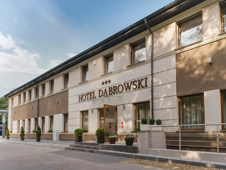 Hotel Dąbrowski