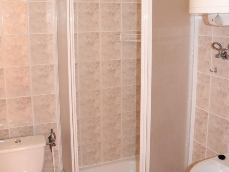 Domek 4-osobowy -łazienka