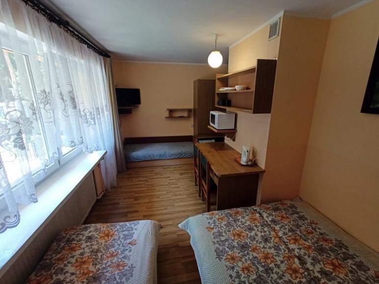 pokój nr 3 piętro 4 osobowy