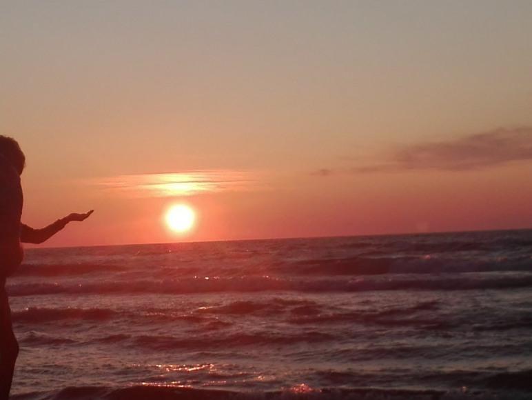 Zachód słońca na plaży zachodniej