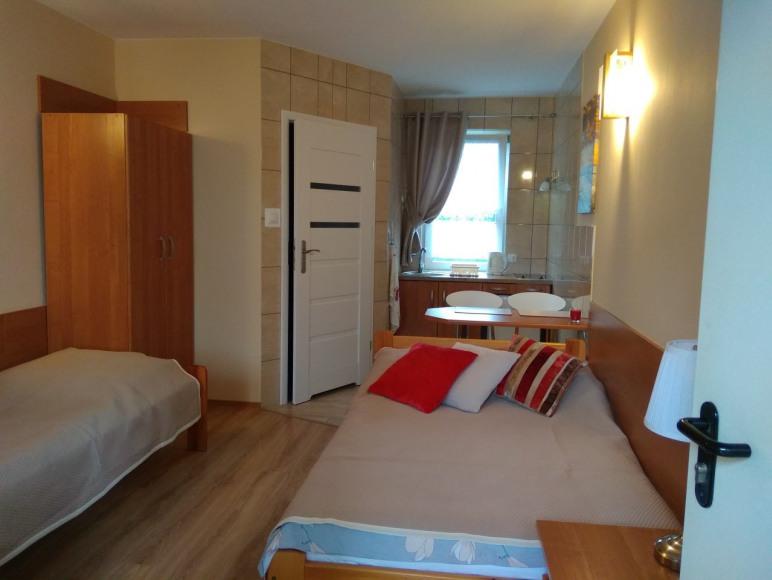 pokój nr 2, 3 -osobowy