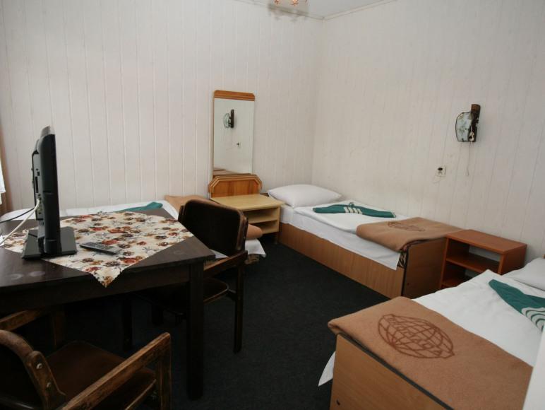Pokój 3 osobowy z łazienką