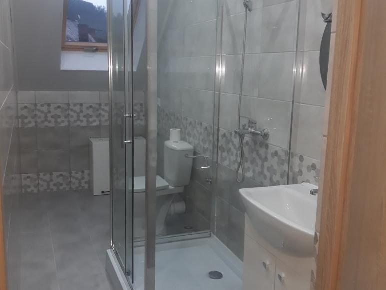 Dom - łazienka na piętrze