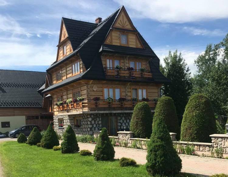 dom drewniany-apartamenty