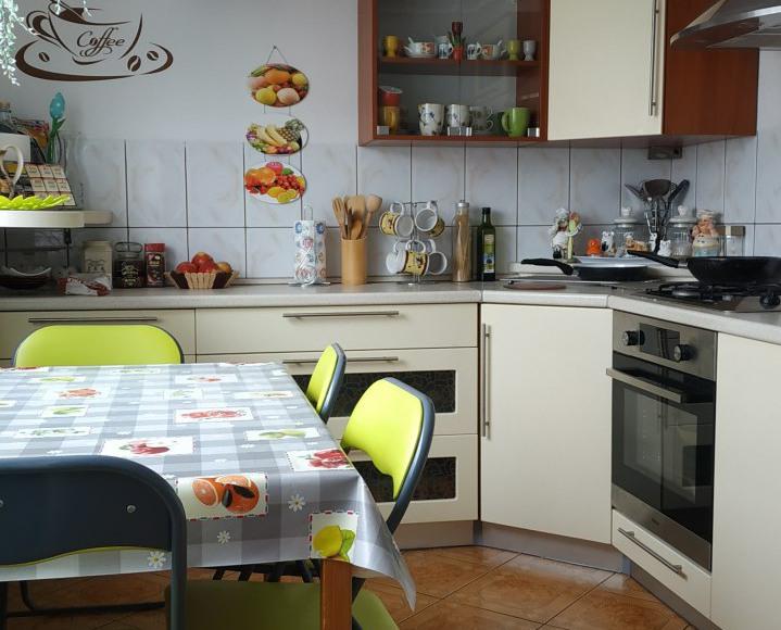 wspólna kuchnia z pełnym wyposażeniem