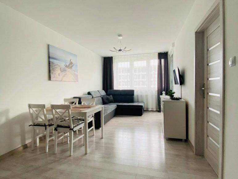 """""""Biały Dom"""" -Apartament 2 pokoje z masażerem garaż"""