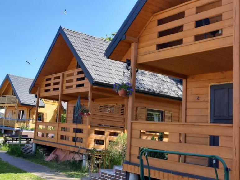 """Domki letniskowe""""Zbyszko"""""""