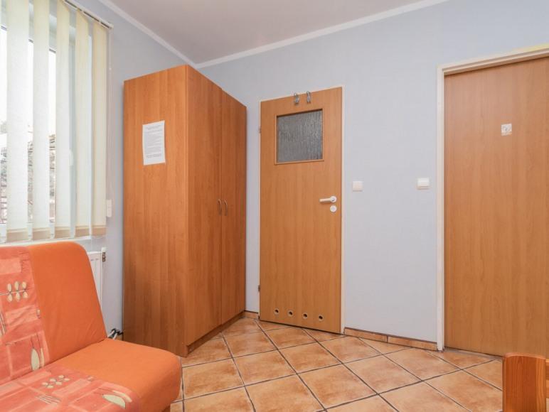 Pokój 3 os. z łazienką, ul. Szkolna 27