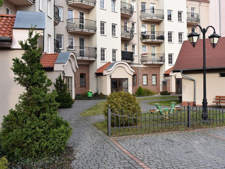 podw. posesji/ogrodzony