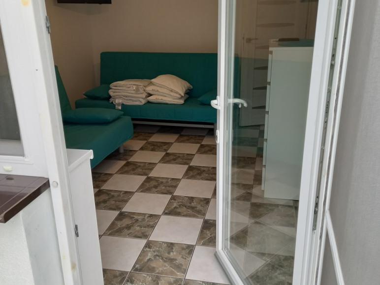 Wejście z oranżerii do mieszkania