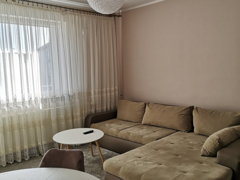 Apartament 2 salon