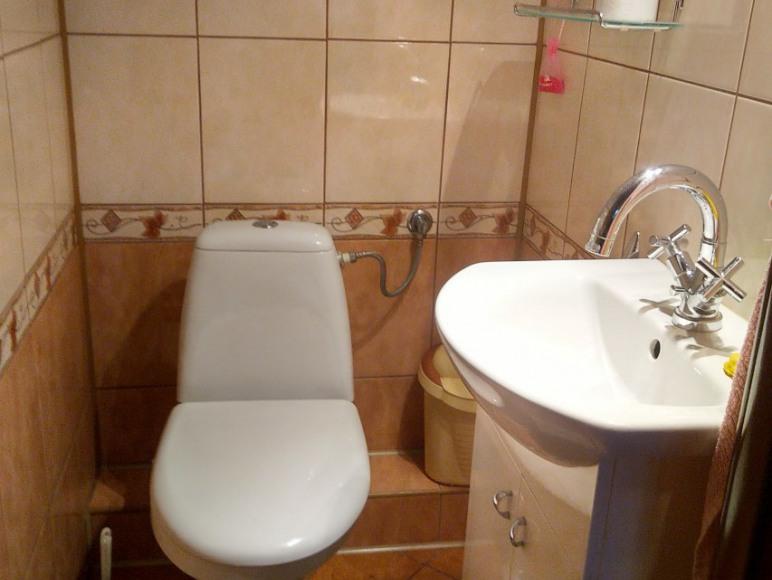 toaleta piętro