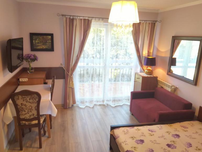 Pokój nr 8 z balkonem