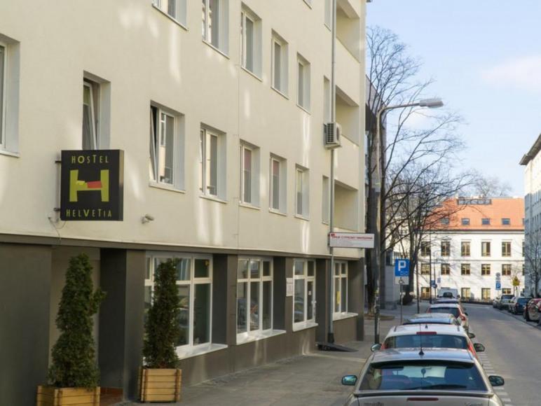 Hostel Helvetia & Helvetia Plus
