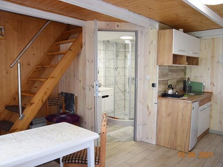 Domek dwupoziomowy 4 osob. z tarasem łazienką i aneksem kuchennym