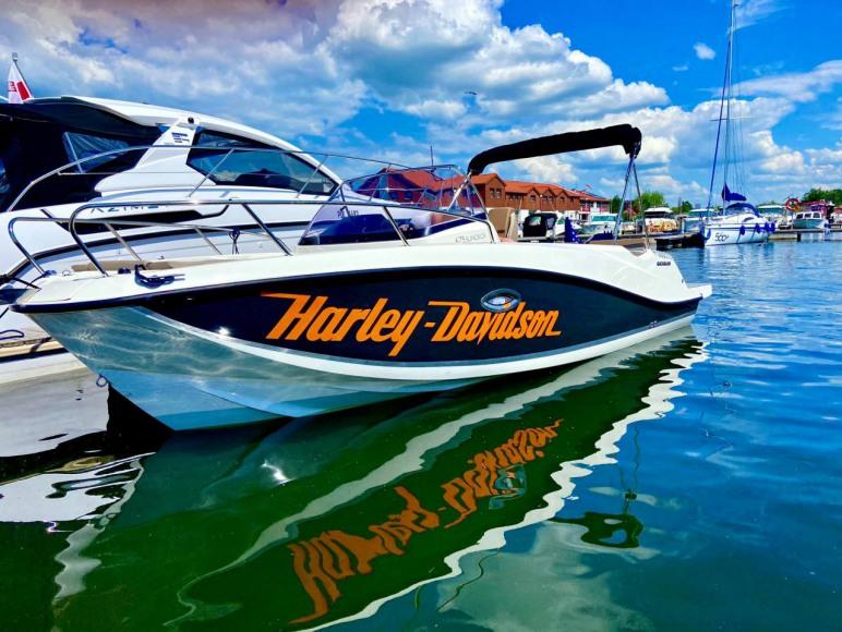 Jacht Quicksilver do wypożyczenia