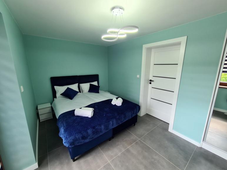 sypialnia 2 - połączone łózka, bez przerwy miedzy materacami