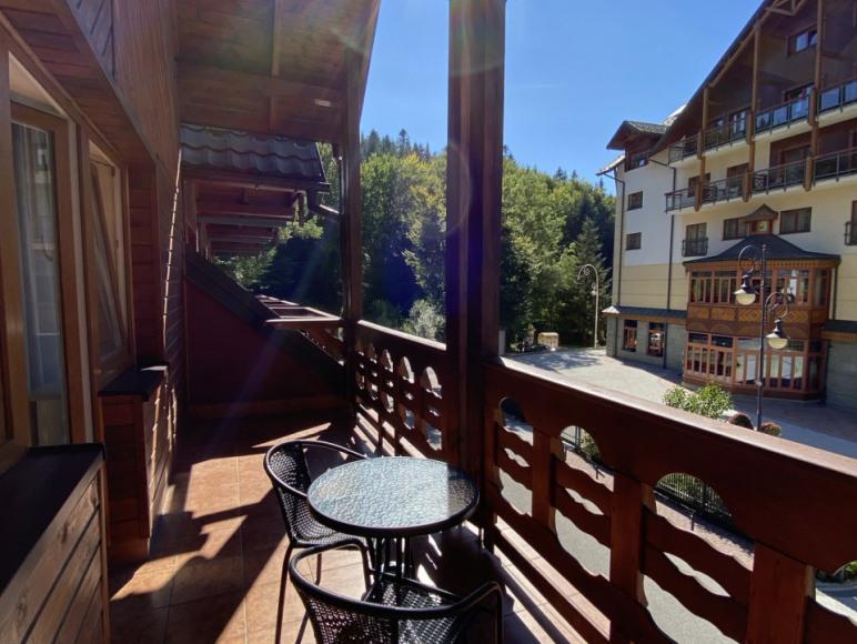 Pokój nr 8 - balkon