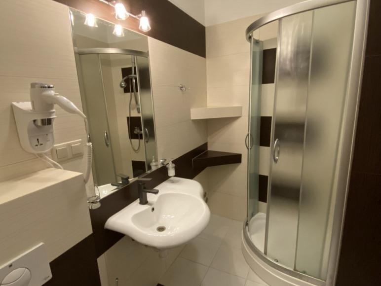 Pokój nr 9 - łazienka