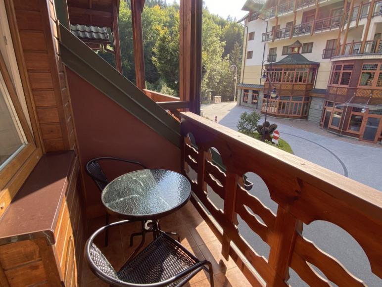 Pokój nr 9 - balkon