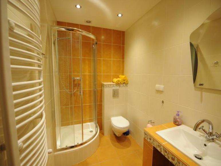 łazienka apartament 4 os
