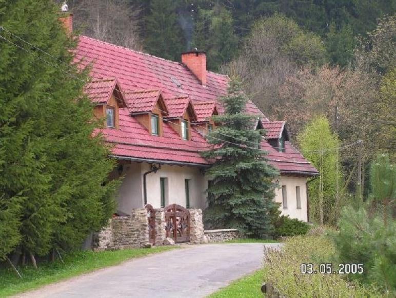 Stanica Jesionów