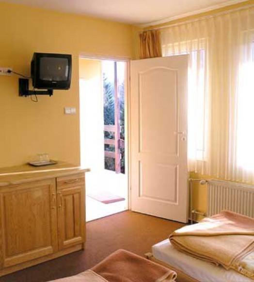 ***Hotel nad Mrogą