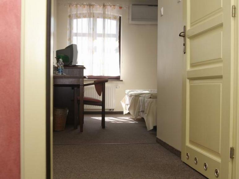 """Restauracja i Hotel """"Dworek 1885"""""""
