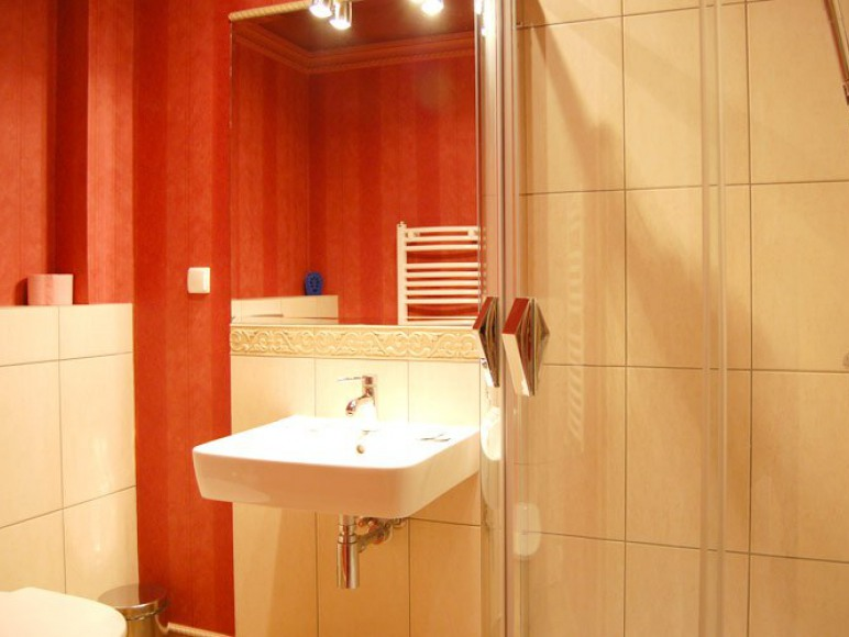 Pokoje wyposażone są w luksusowe łazienki.