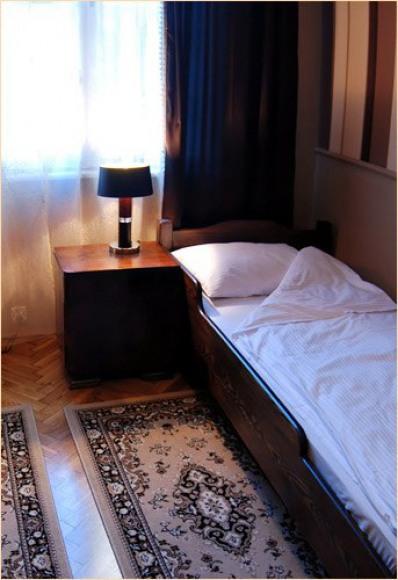 Deco Hostel