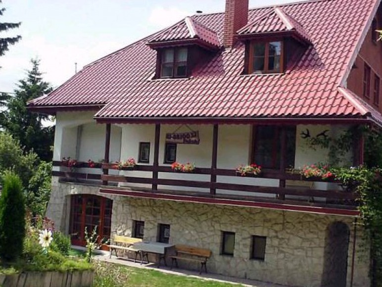 Dom Pod Jaskółkami