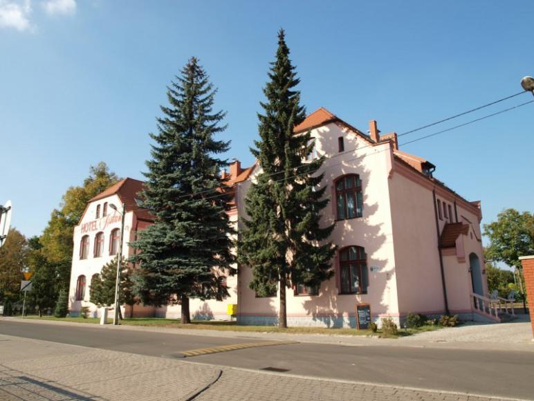 Hotel Aslan, Tarnowskie Góry