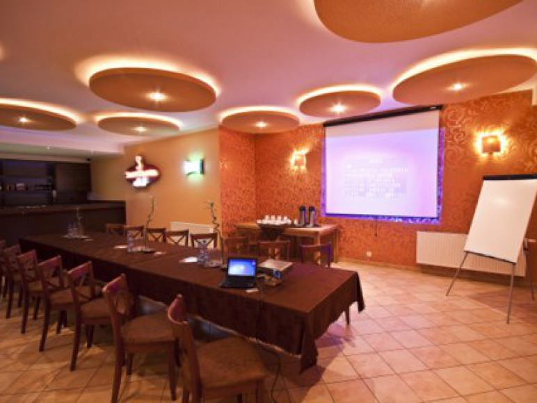 Sala konferencyjno- klubowa