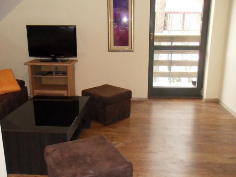 apartament nr 2 salon