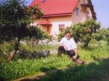 """Agroturystyczny Hotelik """"U Wujka W Sadzie"""""""