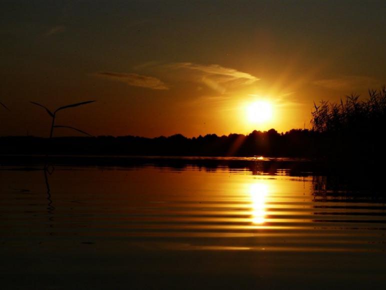 Zachód słońca.