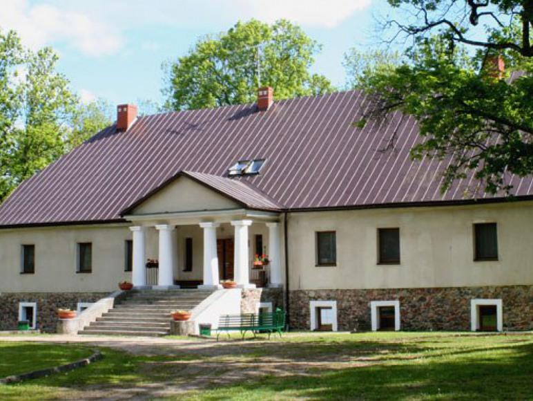 O. W. Politechniki Białostockiej Dwór Majera