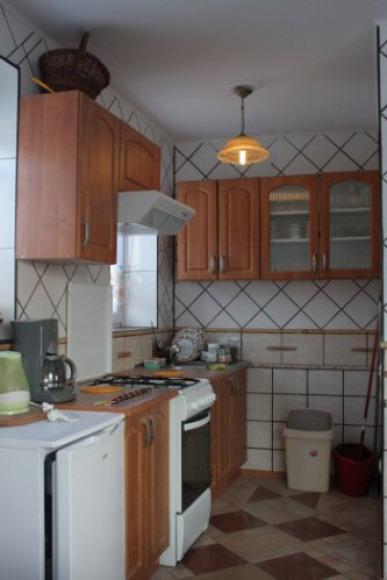 apartament kominkowy-kuchnia