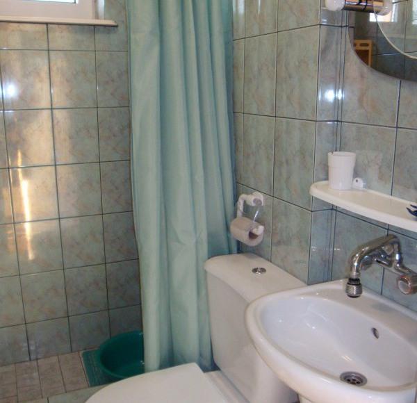 W każdym pokoju łazienka