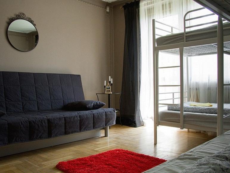 4.Friends-Hostel