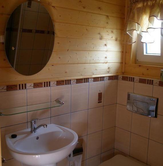 Domek - łazienka.