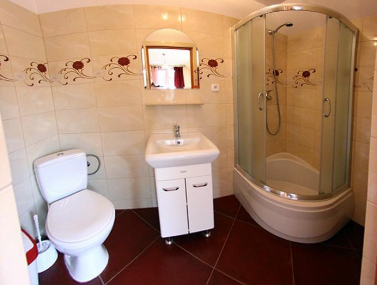 łazienka w 2 pokoju