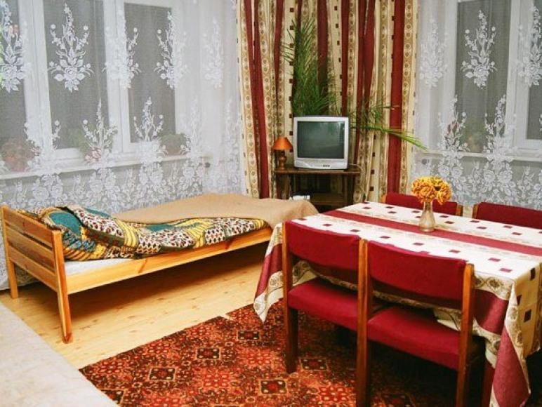 Pokoje Gościnne-A. Ruda