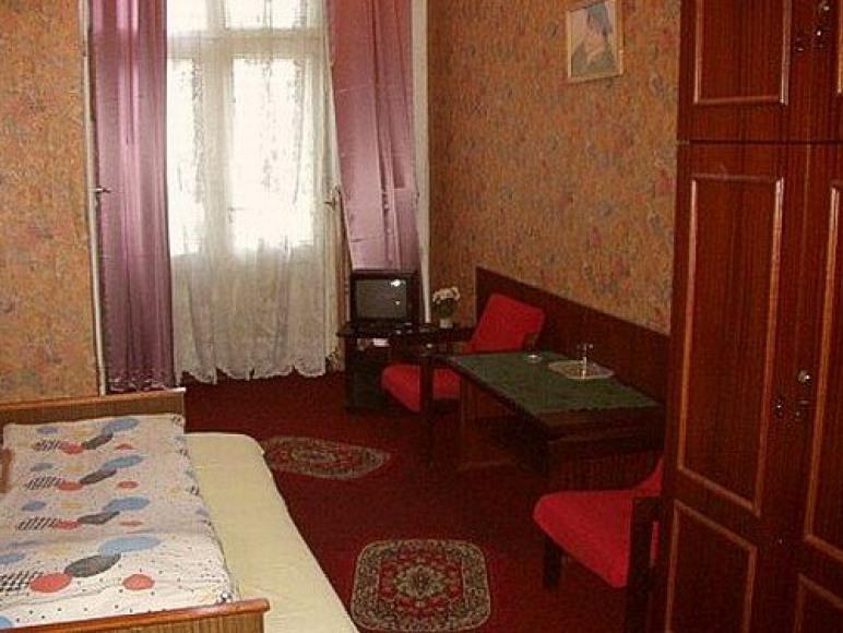 Hotel PTTK Mikołajek
