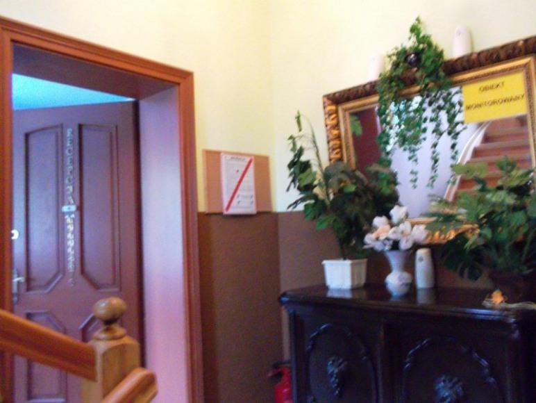 Wejście do recepcji Dom Pomorski