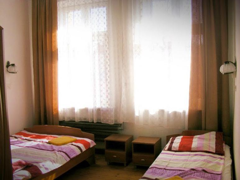 Hostel Retro